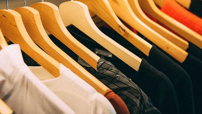 Hurtowa sprzedaż odzieży używanej