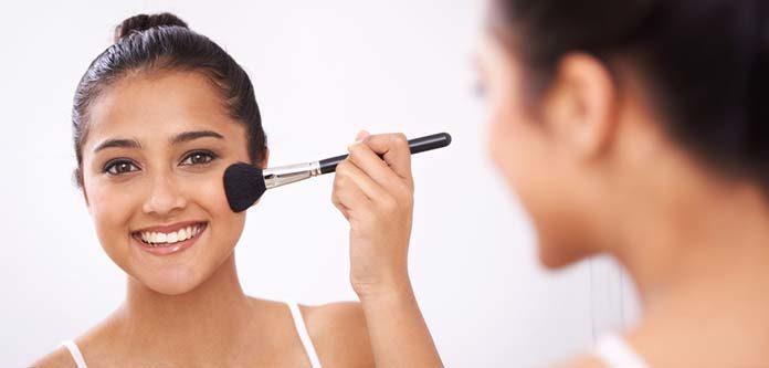 Kobiecy makijaż powodem do dumy