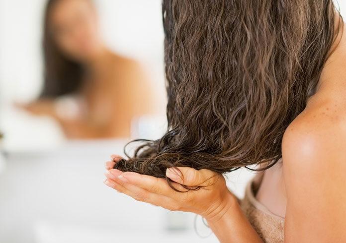 Maski do włosów i inne sposoby na poprawę ich kondycji